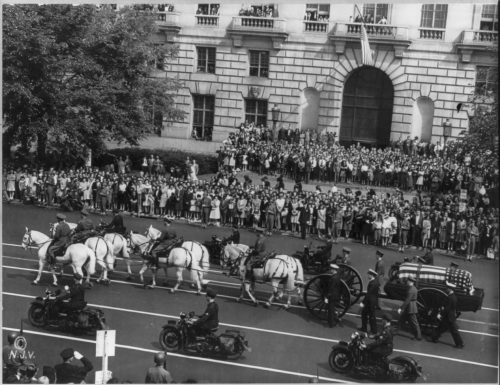 President Roosevelt's funeral procession